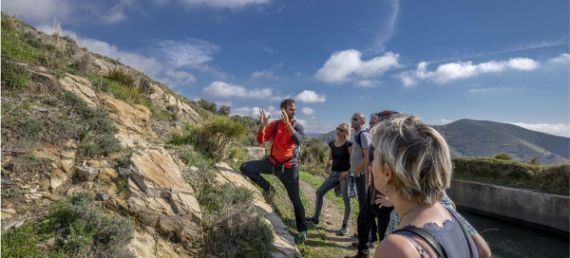 Alfonso explaining during on the Saltillo Gorge and white village hiking tour